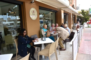 Cakes & coffee in Agrigento